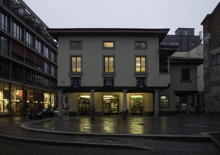Loggetta Shop & Temporary Shop
